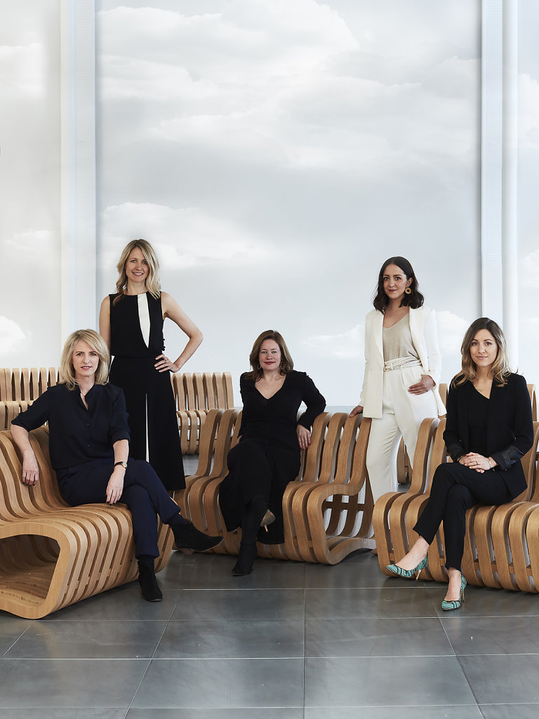 Camberyard's Polly Williams (C) with Designers (L-R): Henrietta Holroyd, Lizzie Tovey, Laura Keith & Sarah Bullen- Webb. Benches by Nina Moeller Photographed at Re:Centre London